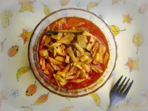 Raw Mango Pickle (Kadumaga Achar)